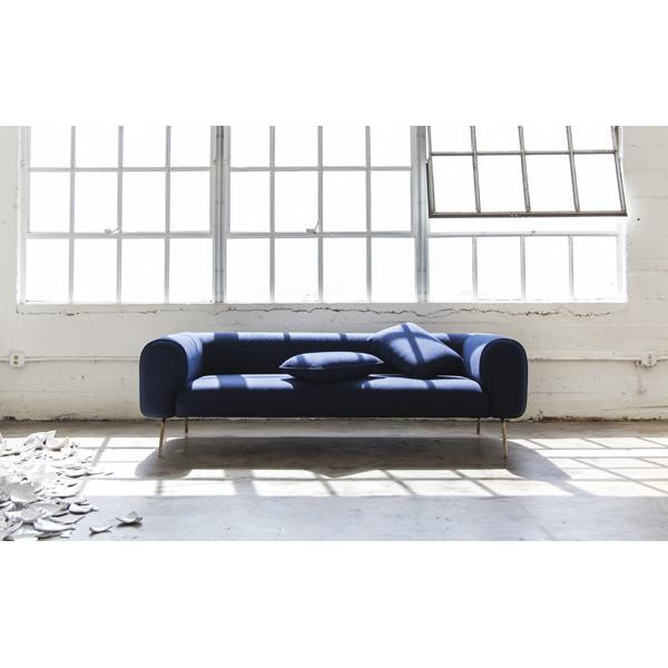 Capsule Big Arm sofa